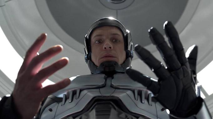 No Robocop de Padilha, a máquina controla o homem ou o homem controla a máquina? (Foto: MGM)