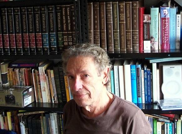 Flávio de Carvalho Serpa (1948-2014) em seu hábitat natural (Foto: reprodução/Facebook)